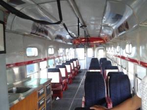 Das ist die neu restaurierte, antike Strassenbahn von Santiago de Cuba Foto: